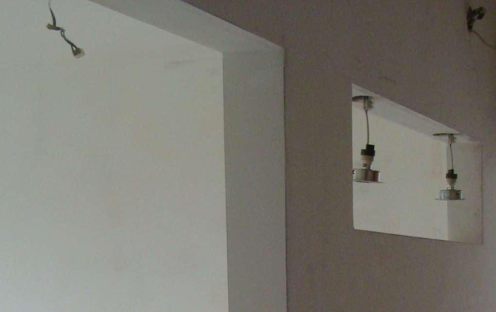 zakładamy bezpiecznie kable w zabudowach GK
