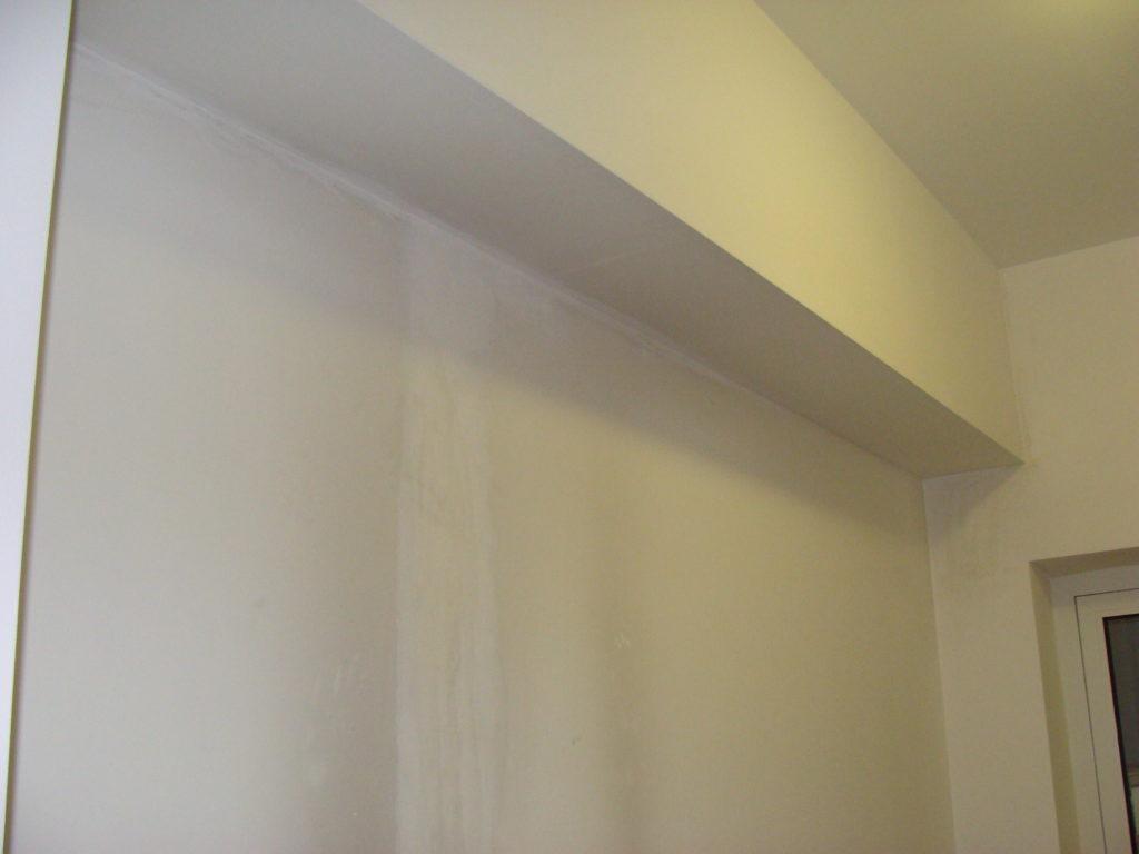 nieszczelność ściany i mokry tynk