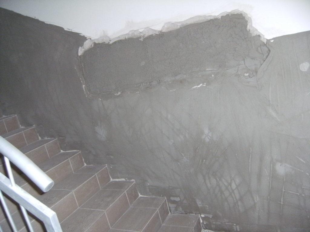 naprawa stropu pod tynkiem