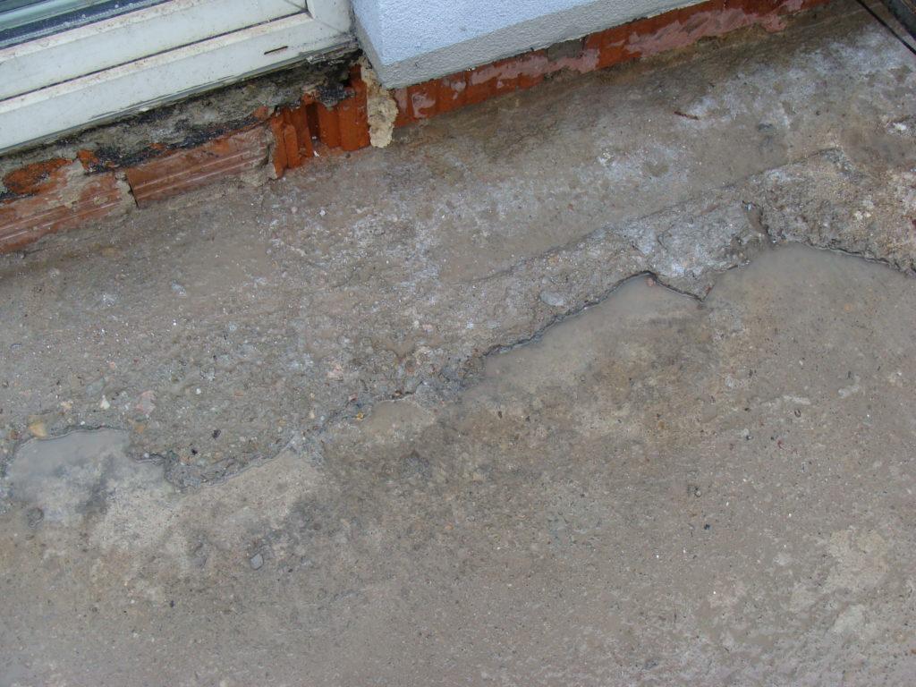 pęknięcia w betonie nieszczelność