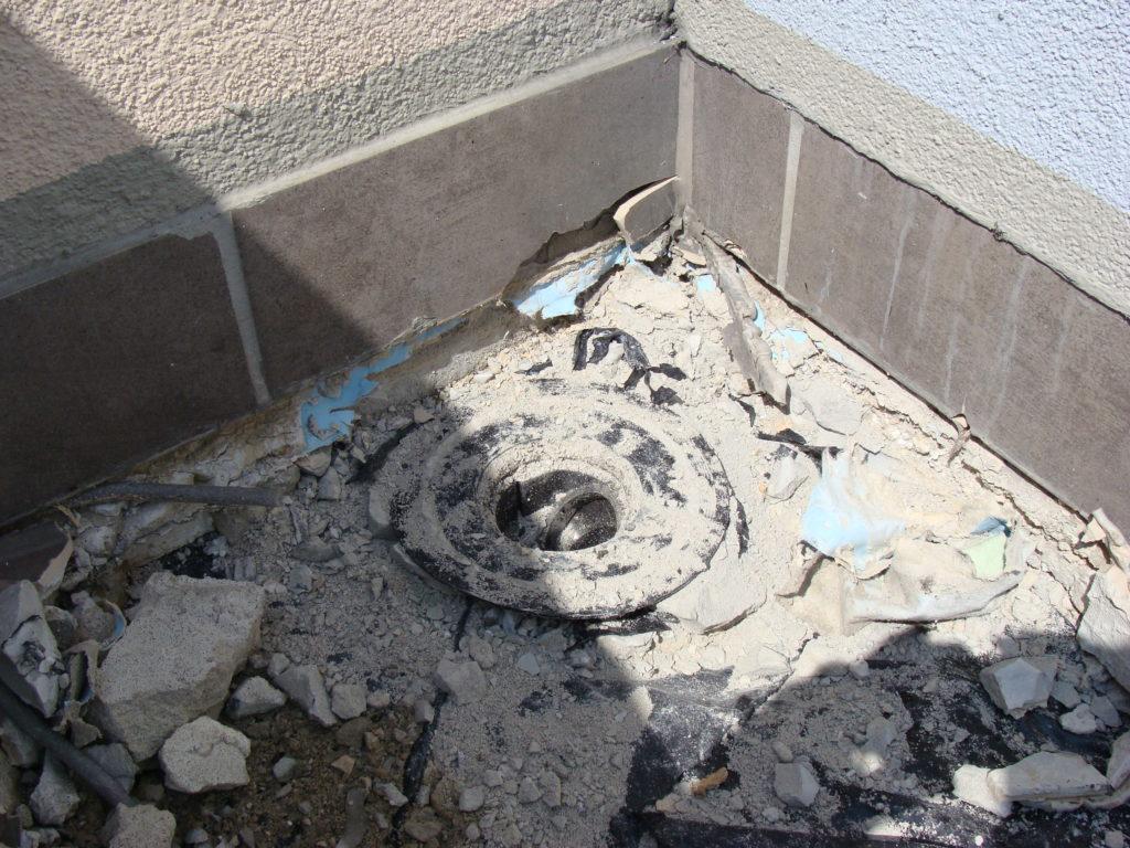 rura spustowa balkonu